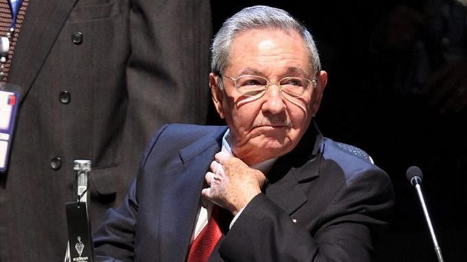 """Raúl Castro afirma que muro de Trump es una """"irracionalidad"""""""