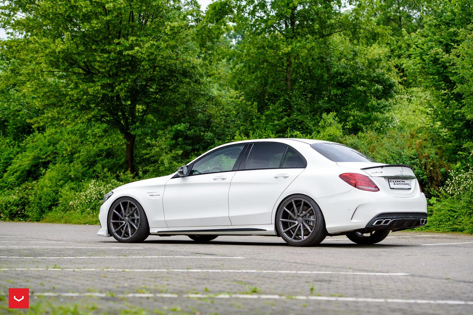 Watch together with Mercedes Benz Clk55 Amg Rocket Bunny as well Mercedes Amg W205 C 63 Vossen Cvt in addition Wallpapers 26 further 501095896026072903. on mercedes benz w124 e class