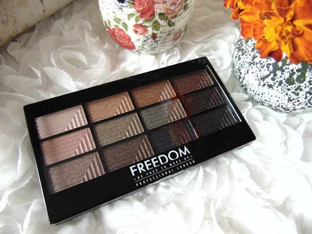 Paleta cieni FREEDOM MAKE UP PRO 12 ROMANCE AND JEWELS