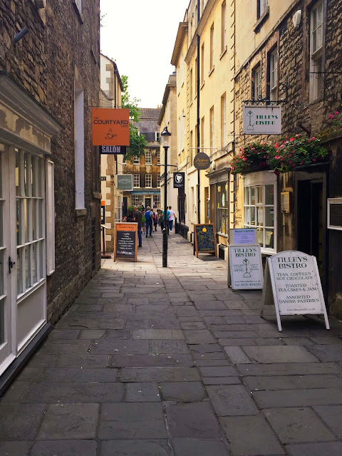 Nooks and Alleys | Bath | England | Chichi Mary Blog