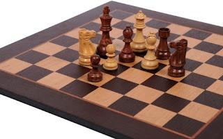 Νίκος Λυγερός - Στρατηγική και Έξυπνη Ιστορία
