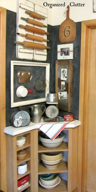 Vintage Kitchen Decor www.organizedclutterqueen.blogspot.com