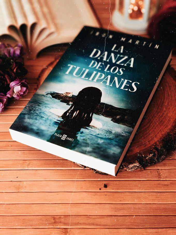 Foto del libro La danza de los tulipanes de Ibon Martín