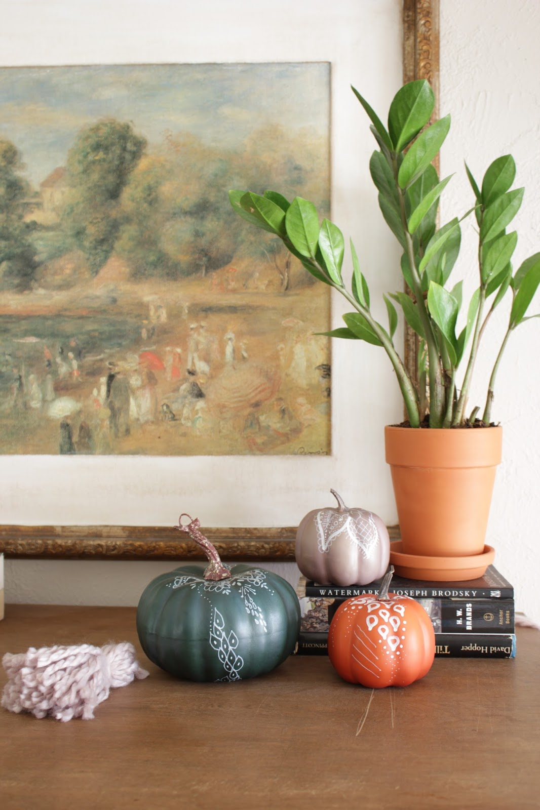 Henna Inspired Pumpkins. These are a great way to update old fall decor or modify something new!
