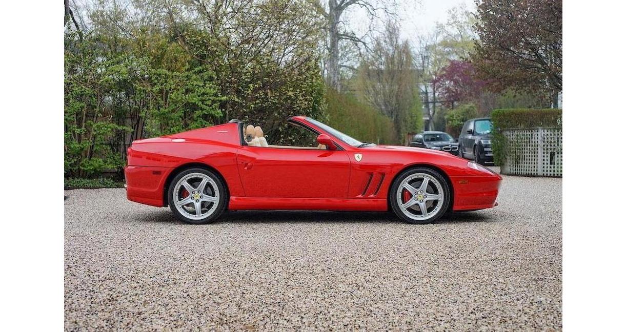 Ferrari 575M Superamerica là siêu xe số sàn cực hiếm của Ferrari