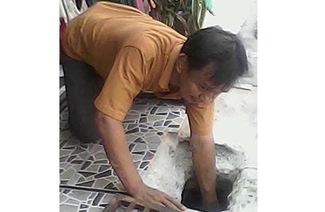 Ketika Jumadi Rajosa Belajar Membersihkan Gorong-gorong