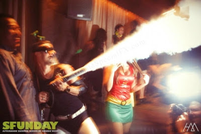 Famous DJ Using the Handheld Co2 Cannon Cryogenic Theatrical Smoke Special Effects Gun from Atlanta Special FX