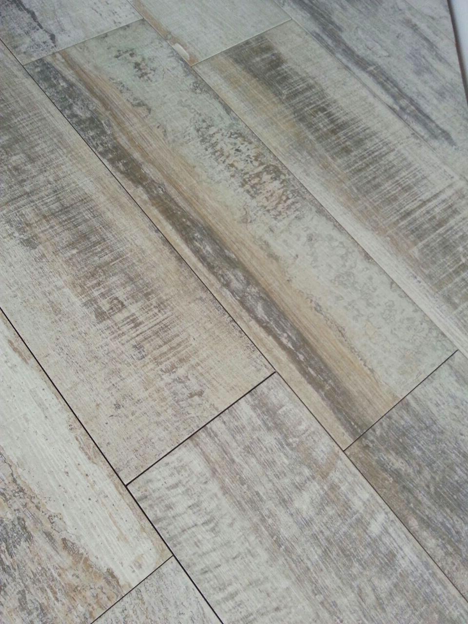 Gtp tarragona alicatadores y soladores en tarragona - Ceramico imitacion madera ...