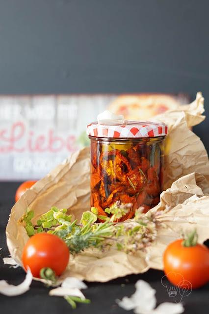 Tomaten einfach selber trocken und in Öl einlegen