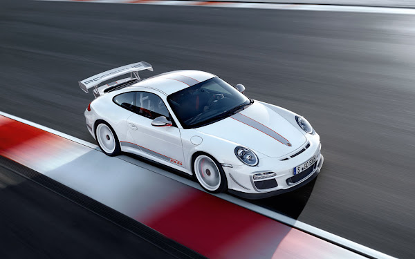 Limited edition racing car: Porsche 911 GT3 RS 4.0