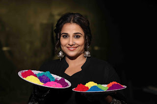 Vidya Balan Playing Holi For Promoting Begum Jaan movie 2.JPG