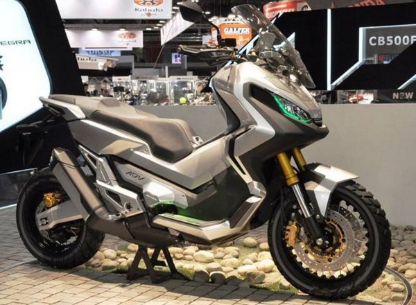 Honda X – ADV New Versatile Scooter 2017