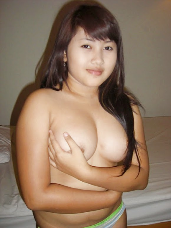 malay girl breast naked