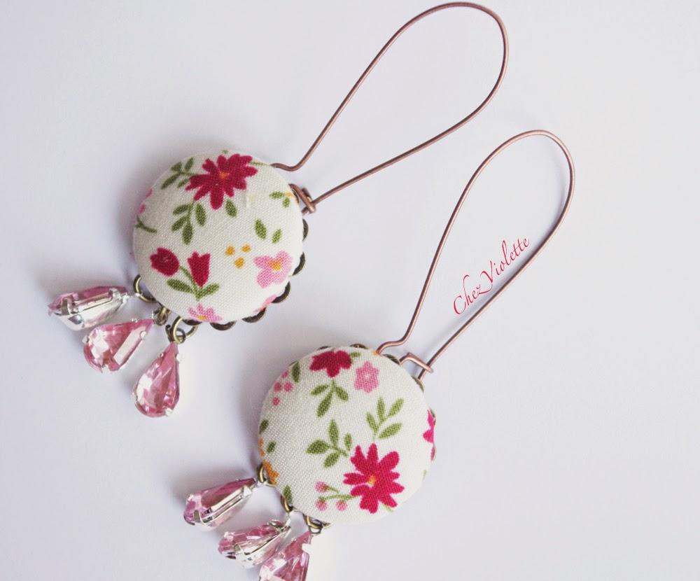 boucles d'oreilles pendantes en tissu d'inspiration Boho chic. Chez Violette