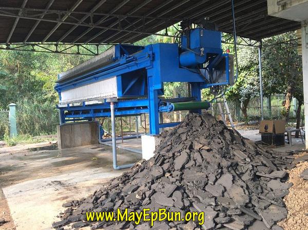 Chất lượng bùn đầu ra sau ép là rất khô với thể tích nhỏ nhất, được ép bởi máy ép bùn khung bản Việt Nam