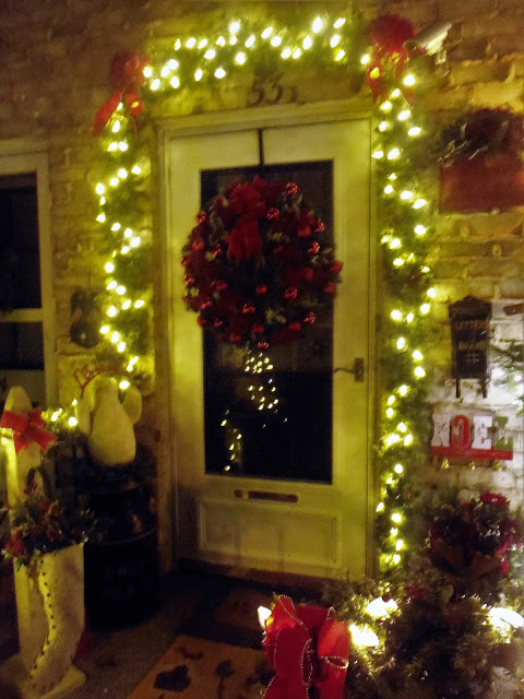 An Evening Tour, Christmas Home Tour. 2-16