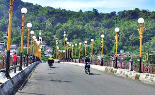 Jembatan Siti Nurbaya di Siang Hari