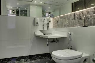 grand godwin bathrooms