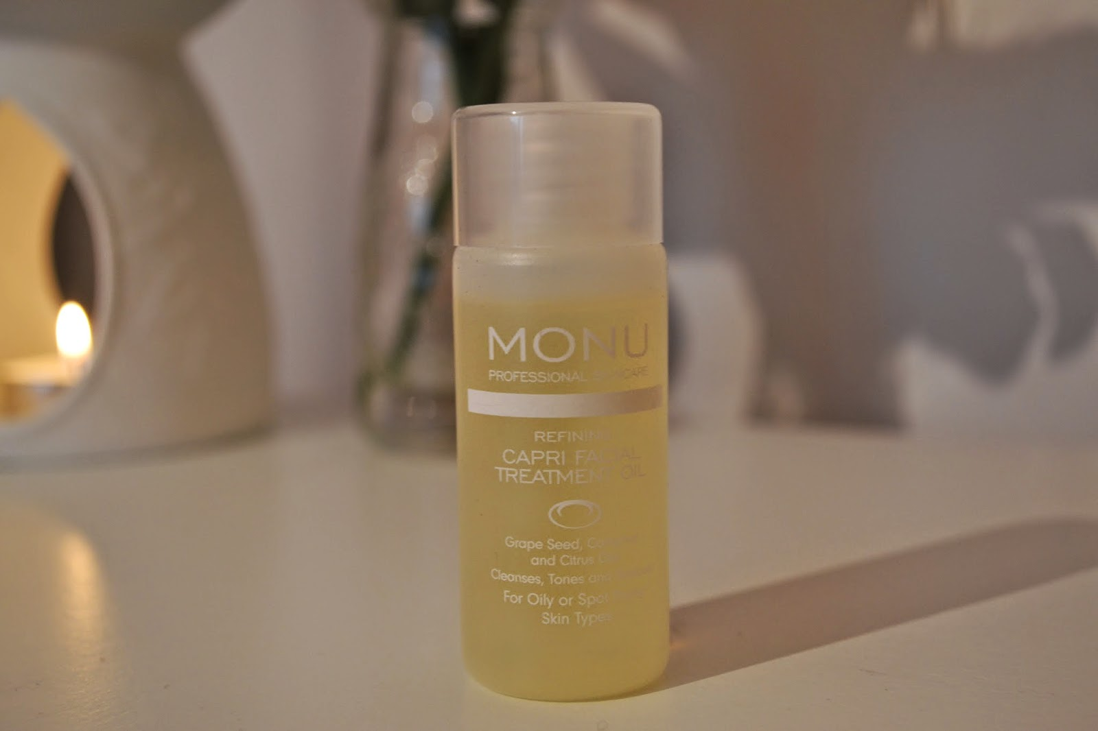 Monu Facial Oil