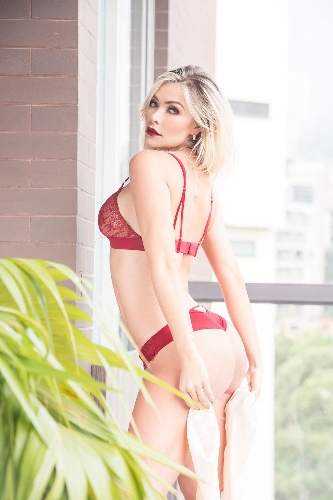 Marcela Muñoz LMC Models