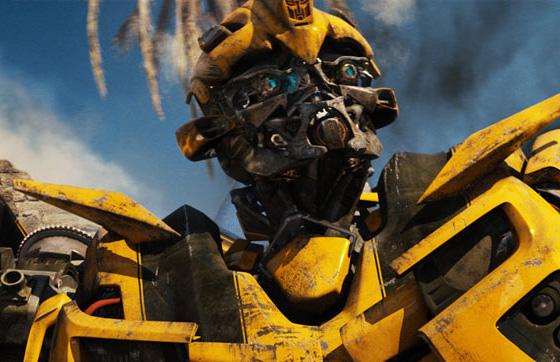 Transformers: a vingança dos derrotados, estréia no Brasil.