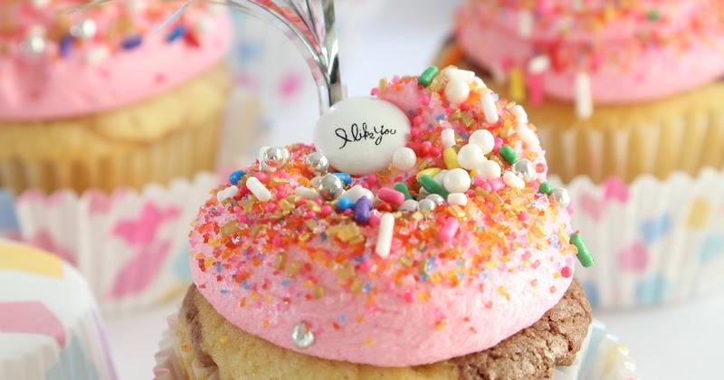 Neapolitan Marble Cupcakes Sprinkle Bakes