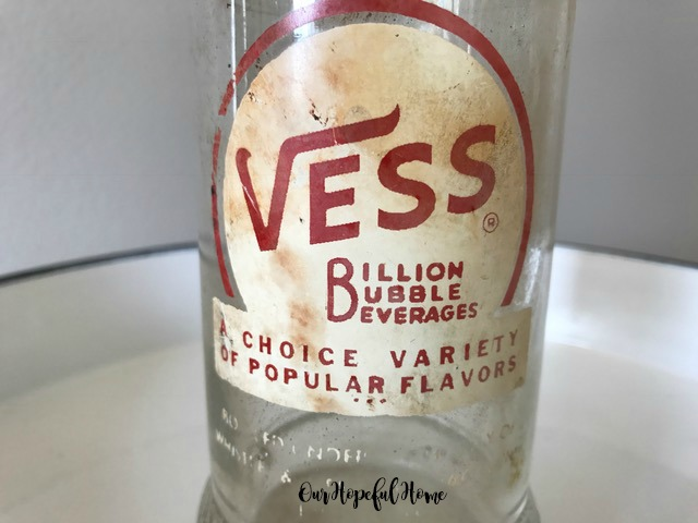 Vintage Vess Billion Bubble Beverage bottle soda pop