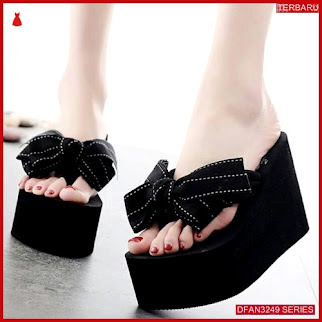 DFAN3249S30 Sepatu Dn 25 Wedges Wanita Spons Wedges BMGShop