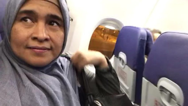 "Neno Warisman ""Menguasai"" Pesawat, Kata Ketua IPW"