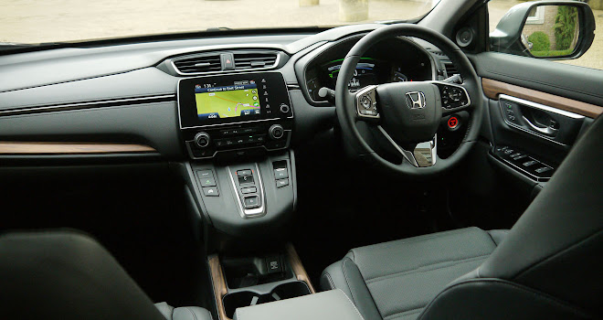 Honda CR-V Hybrid dashboard