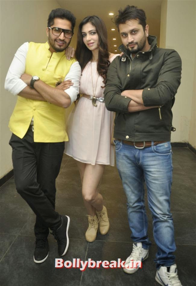 Jassi Gill, Simran Kaur Mundi and Roshan Prince, Simran Kaur Mundi at 'Mundeyan Ton Bachke Rahin' Promotion