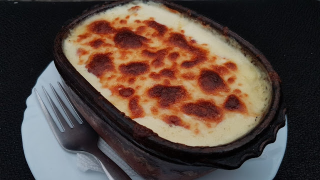 http://macedoniacuisine.blogspot.mk/2016/01/cheese-in-oven-sirenje-vo-furna.html