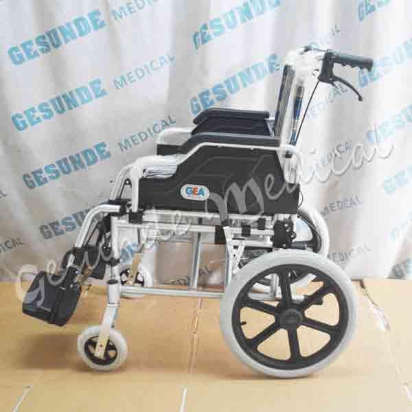 Pusat kursi roda Jakarta
