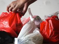 Atasi Pencemaran Lingkungan dengan Diet Kantong Plastik