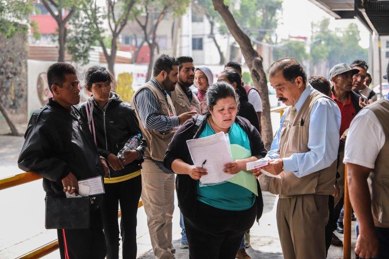 Más de 9.3 millones de mexicanos con licenciatura y maestría viven en pobreza.