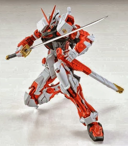 P-Bandai: MG 1/100 Gundam Astray Red Frame - RE-ISSUE 2017