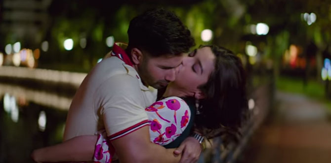 Watch Alia Bhatt and Varun Dhawan in romantic song 'Humsafar'