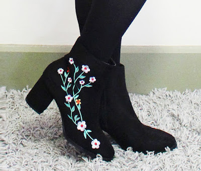 shanghai trends shop review, shanghaitrends shop, shanghaitrends blog review, shanghaitrends clothing, embroidered ankle boots, black floral embroidered ankle boots, shanghai trends outfit