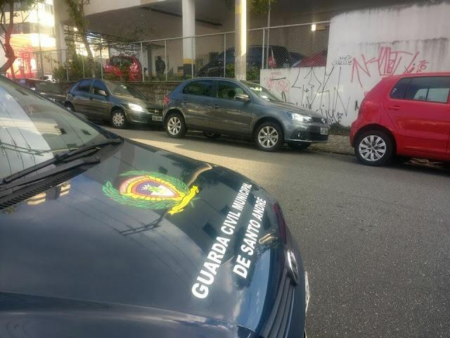 GCM de Santo André localiza veículo com registro de roubo no bairro Casa Branca