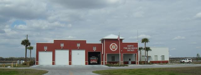 Estación de bomberos en Duette