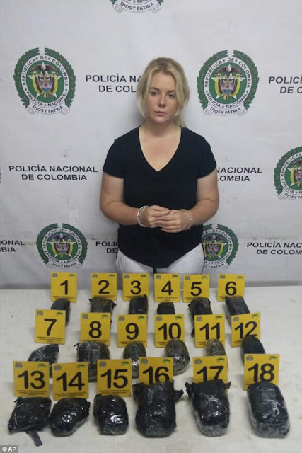 Photo of a Lady who Arrested With Bags Of Cocaine She Thought She Was Buying Headphones