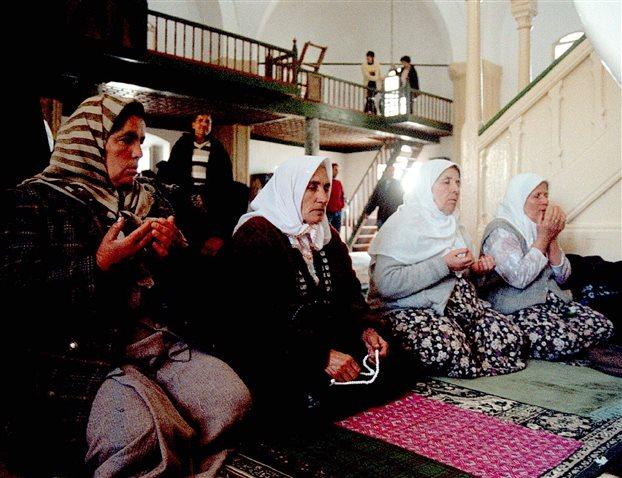 Τζαμιά αντί σχολεία χτίζει ο Ερντογάν στα κατεχόμενα της Κύπρου