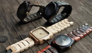 Model jam tangan kayu pria dan wanita kekinian