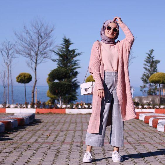 Hijab Long Et Simple Style Tres Chic 2019 2020 Hijab Fashion