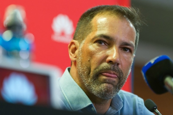 Roger De Sa has stepped down as Ajax Cape Town boss after a run of poor performances.
