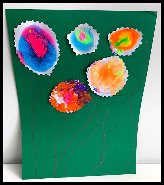 peinture avec un ballon baudruche