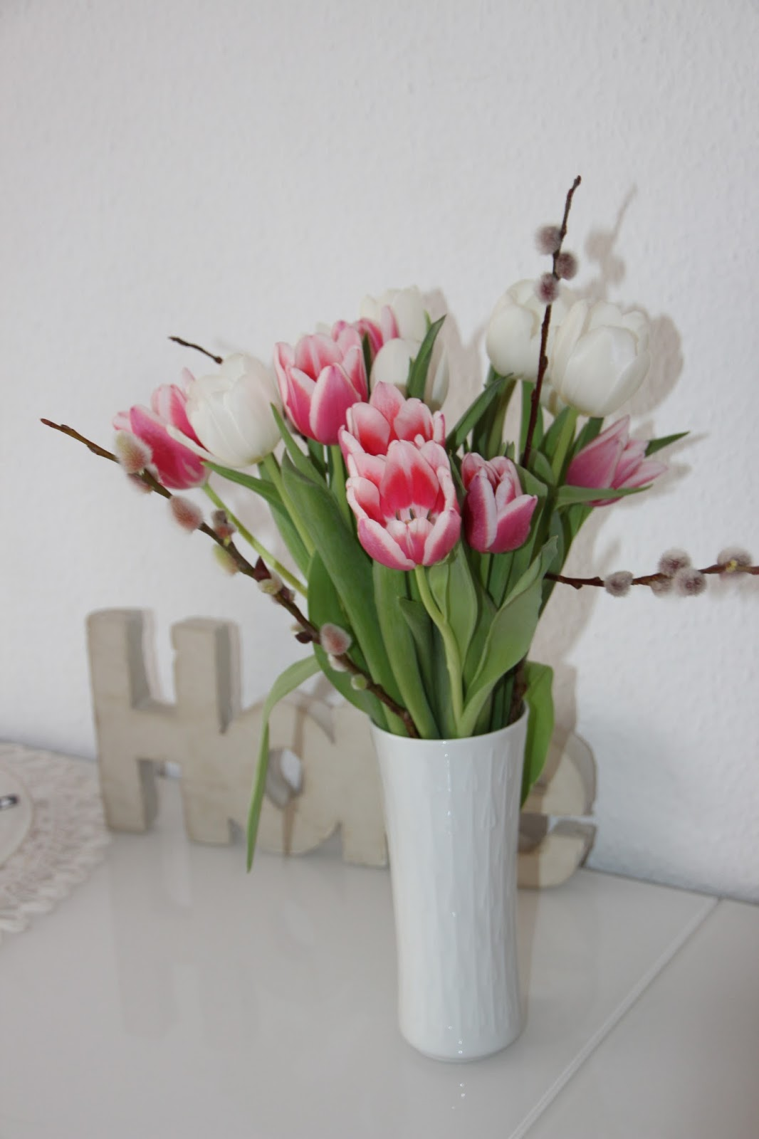 heinzcl with love flowerday und ein kleines geschenk. Black Bedroom Furniture Sets. Home Design Ideas