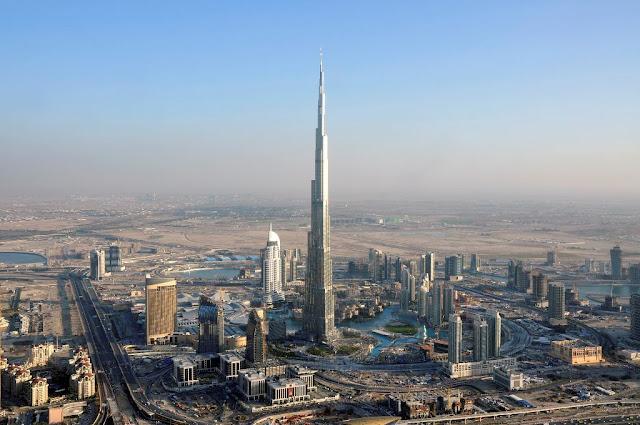 3 Waktu Berbuka Puasa yang berbeza di Burj Khalifah