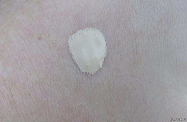 avis clarins skin illusion 105 nude swatch
