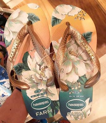 Estampas florais agregam charme nas havaianas da farm